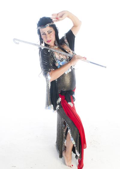 Belly Dancer Selena Kareena - Saidi Cane